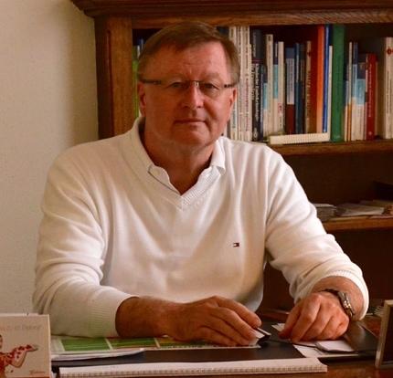 Dr Peter Boppard
